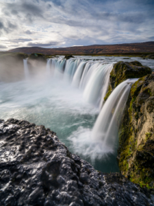 Iceland and the summer solstice, the adventure photography workshop, visits godafoss